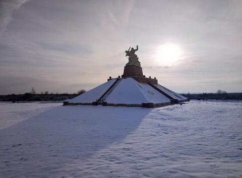 Neige Monument de Navarin Marne