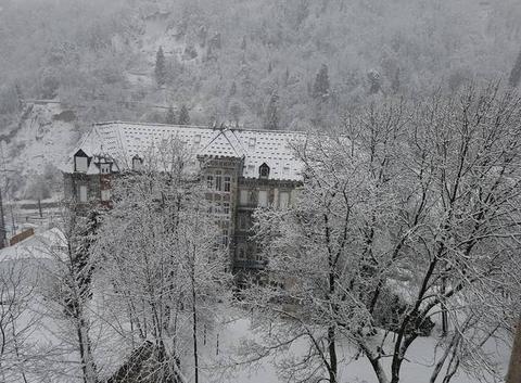 Manoir sous la neige