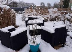 Neige La Ville-aux-Bois-les-Pontavert 02160 Salon d'été sous la neige!