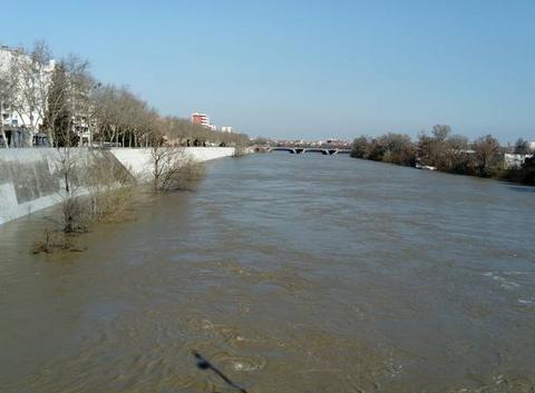 Crue de la Garonne à Toulouse
