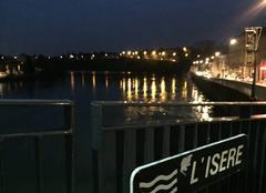 Vent Romans-sur-Isere 26100 Quais ouest sous le froid hier soir