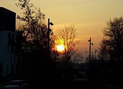 Ciel Nantes 44000 Soleil et ciel coloré.