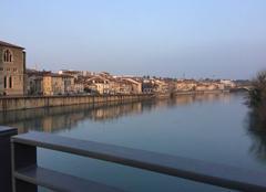 Insolite Romans-sur-Isere 26100 Quais d'Isère dans le reflet du couchant