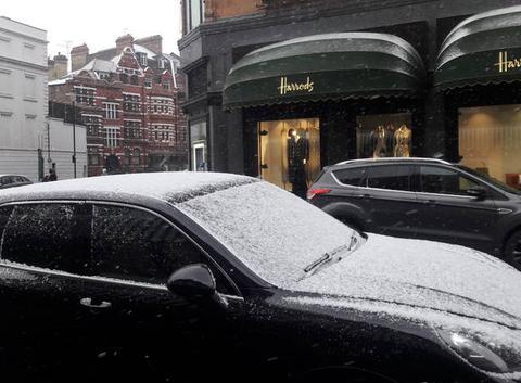 Londres averses de neige