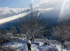 Neige Vezzani 20242 Neige et soleil (de courte durée)