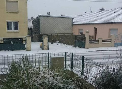 Neige en Moselle et -6°c