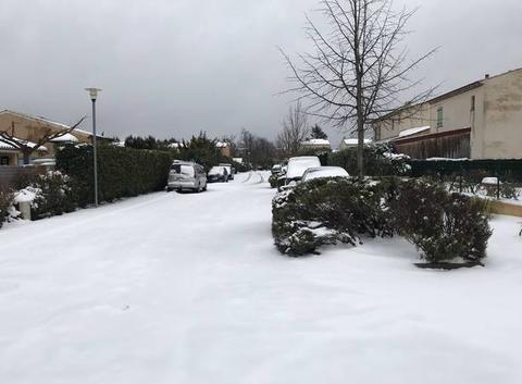 Saint maximin la sainte baume sous la neige