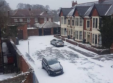 Neige à Cardiff