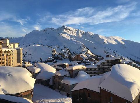 Belle fin de journée après une matinée sous la neige
