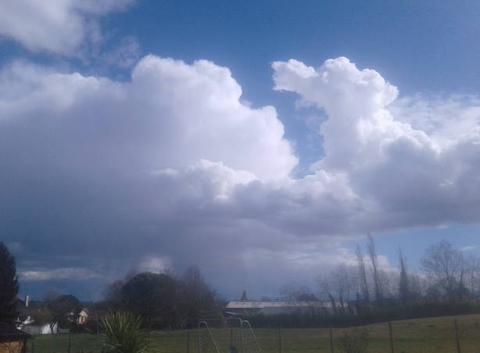 Les premiers orages de la saison dans le Sud Ouest.
