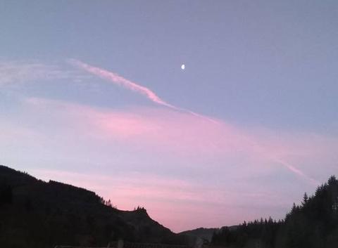 Tres belle vue du ciel depuis INTRES 07310 (environ 160 âmes) ce matin a 7 heures