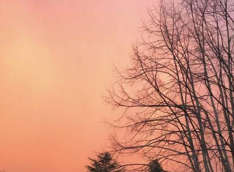 Couché de soleil sous l orage