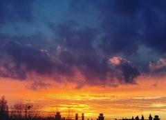 Ciel Harfleur 76700 Sunset sur les toits du Havre