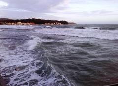 Mer La Seyne-sur-Mer 83500 ..force 4...agitée  ..!