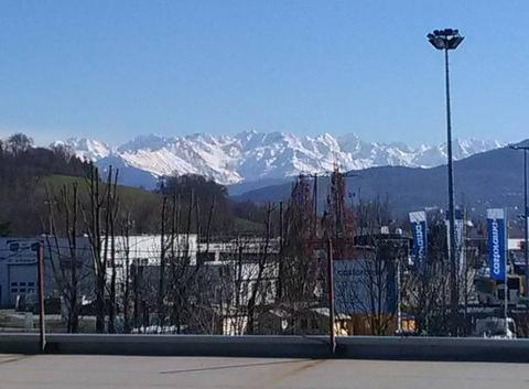 Massif de Belledonne vu de Chambéry