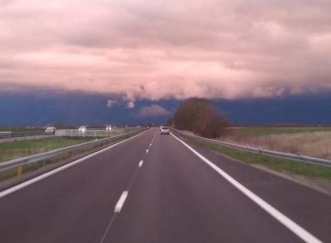 Ciel très noir en direction de niort 79