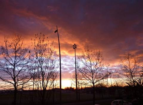 Beau lever de soleil malgres les nuages