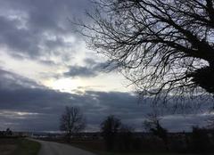 Ciel Mours-Saint-Eusebe 26540 Soleil couchant sur ciel de neige