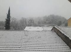 Neige Gonfaron 83590 Début de printemps