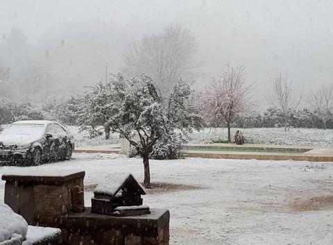 Encore la neige sur Forcalqueiret!!!