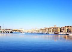 Ciel Marseille 13000 Vieux Port de Marseille