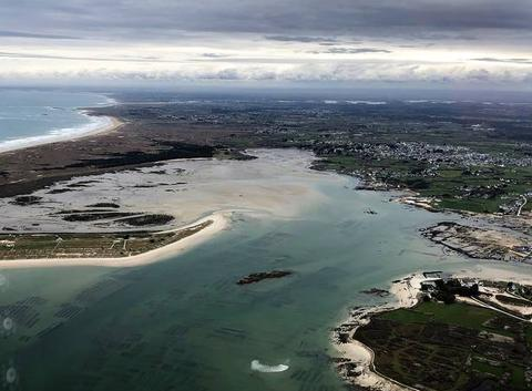 Arrivée vers le Golfe du Morbihan par B. T.