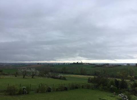Ce matin nuageux.....