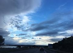 Ciel Vitrolles 13127 Joli ciel entre nuages de pluie