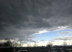 Nuages Albi 81000 Un orage arrive