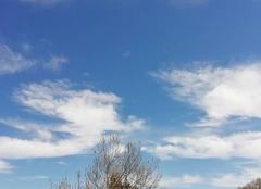 Ciel Clermont-l'Herault 34800 Enfin le printemps