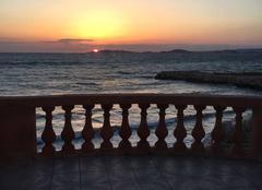Mer Marseille 13000 Coucher de soleil sur le Frioul
