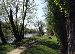 Ciel Romans-sur-Isere 26100 Le printemps sur les bords d'Isère