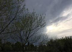 Ciel Mours-Saint-Eusebe 26540 Ciel d'orage au couchant