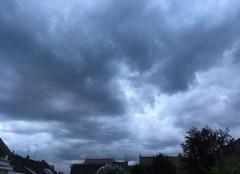 Ciel Loos 59120 Drôles de nuages pour ce week-end du 1 er mai