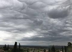 Ciel Châteauneuf-du-Pape 84230 Le ciel du midi 2