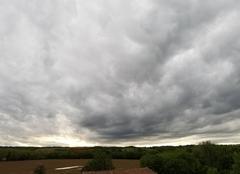 Ciel Montaigut-sur-Save 31530 Nuages présage d'orage