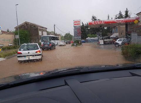 Grêle et inondation sous orage