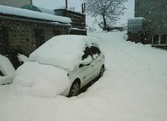Neige Mont-Dore 63240 Et oui un 13 mai ..