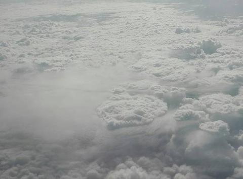 Nuages vu à 11000 mètres d'altitude