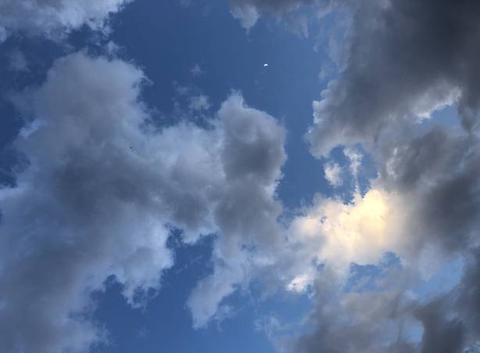 Le soir nuageux à st jean d?illac