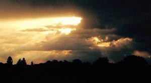 Ciel Trouy 18570 Soleil et nuages