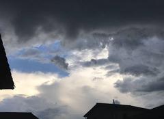 Orage Ampuis 69420 Un orage se prépare...