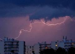 Ciel Niort 79000 Orage au nord de Niort