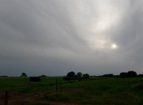 Il et beau ton soleil vive la chaine meteo