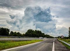 Nuages Le Mans 72000 Cloud