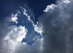 Nuages Cosqueville 50330 Beau dégradé de nuages