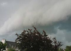 Orage Lanmeur 29620 Arrivée de l'orage sur Lanmeur