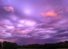 Ciel Issigeac 24560 L'orage arrive par l'Est