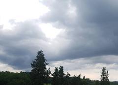 Pluie Saint-Pierre-de-Buzet 47160 Il fait lourd
