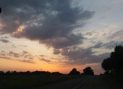 Ciel Drulingen 67320 Lever du soleil en Alsace.